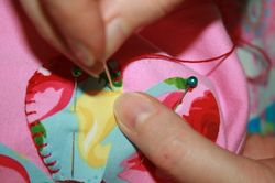 Flower tee tutorial - blanket stitch 1