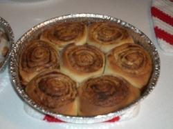 Cinnamon_rolls_004