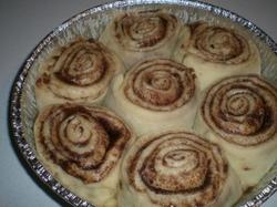 Cinnamon_rolls_010