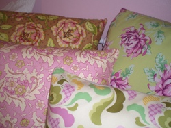 Apphias_pillows_009