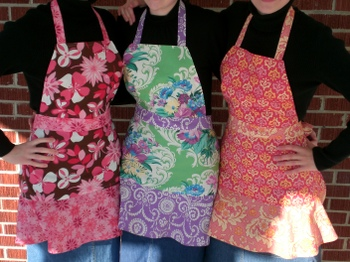 Apron_full_with_flounce_022