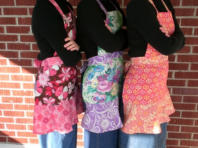 Apron_full_with_flounce_023